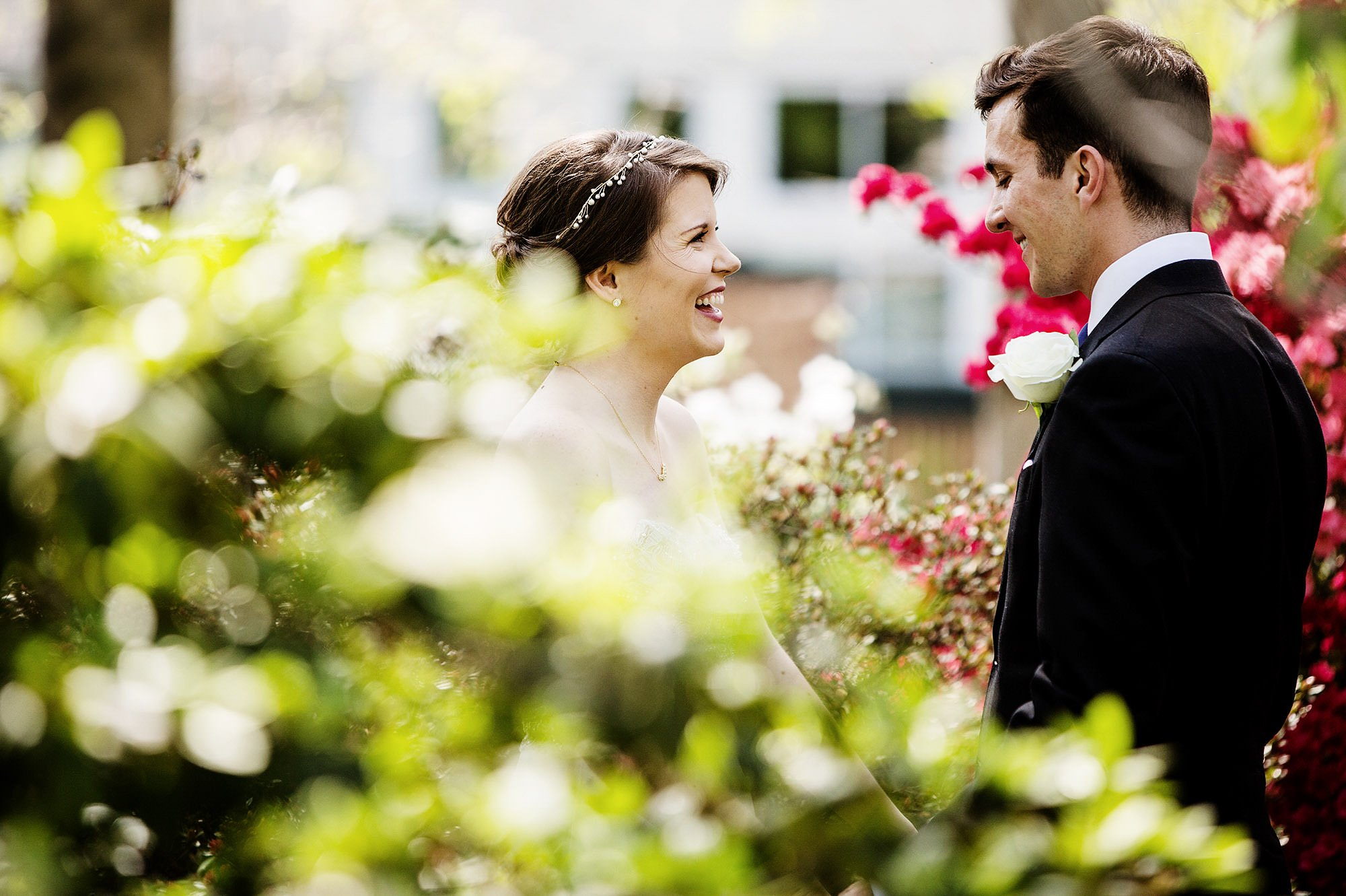 The bride and groom share their first look at Meridian House.