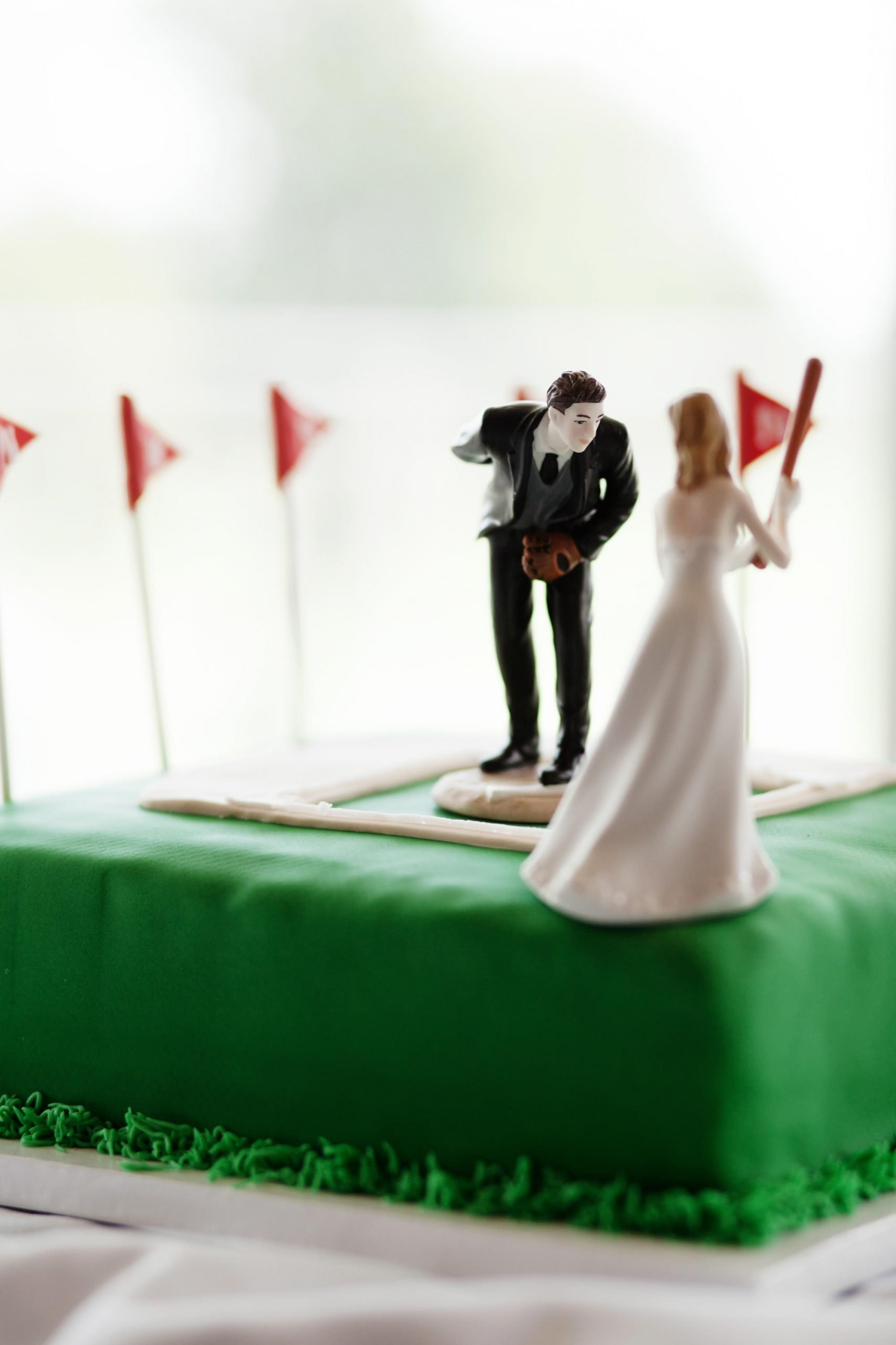 Springfield Golf and Country Club Wedding  I  The groom's cake has a baseball theme.