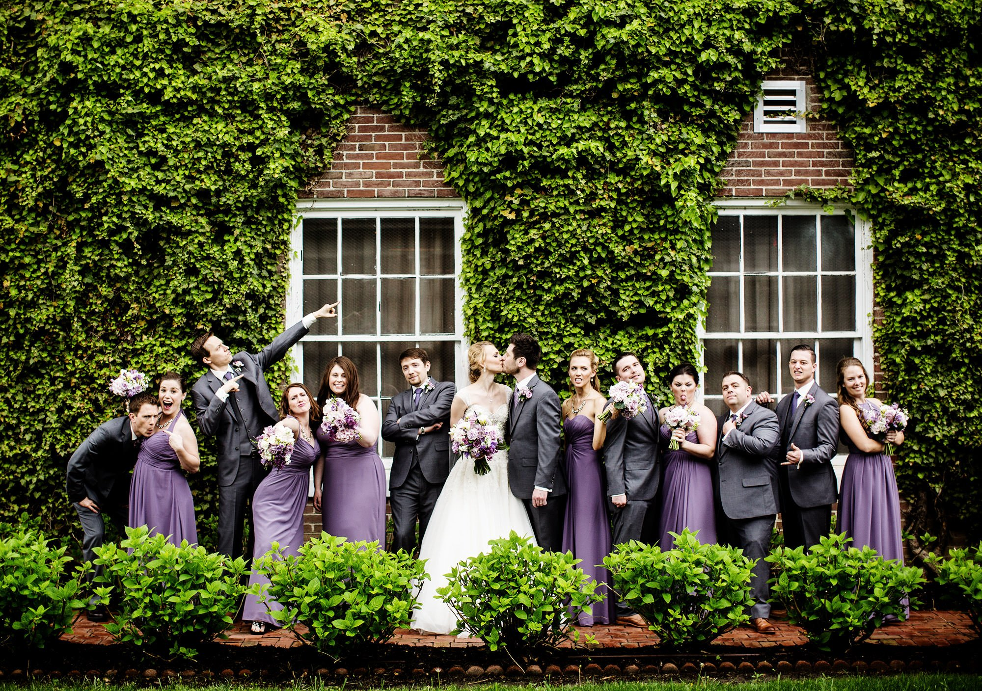 A portrait of the wedding party at this Tidewater Inn Wedding in Easton, MD