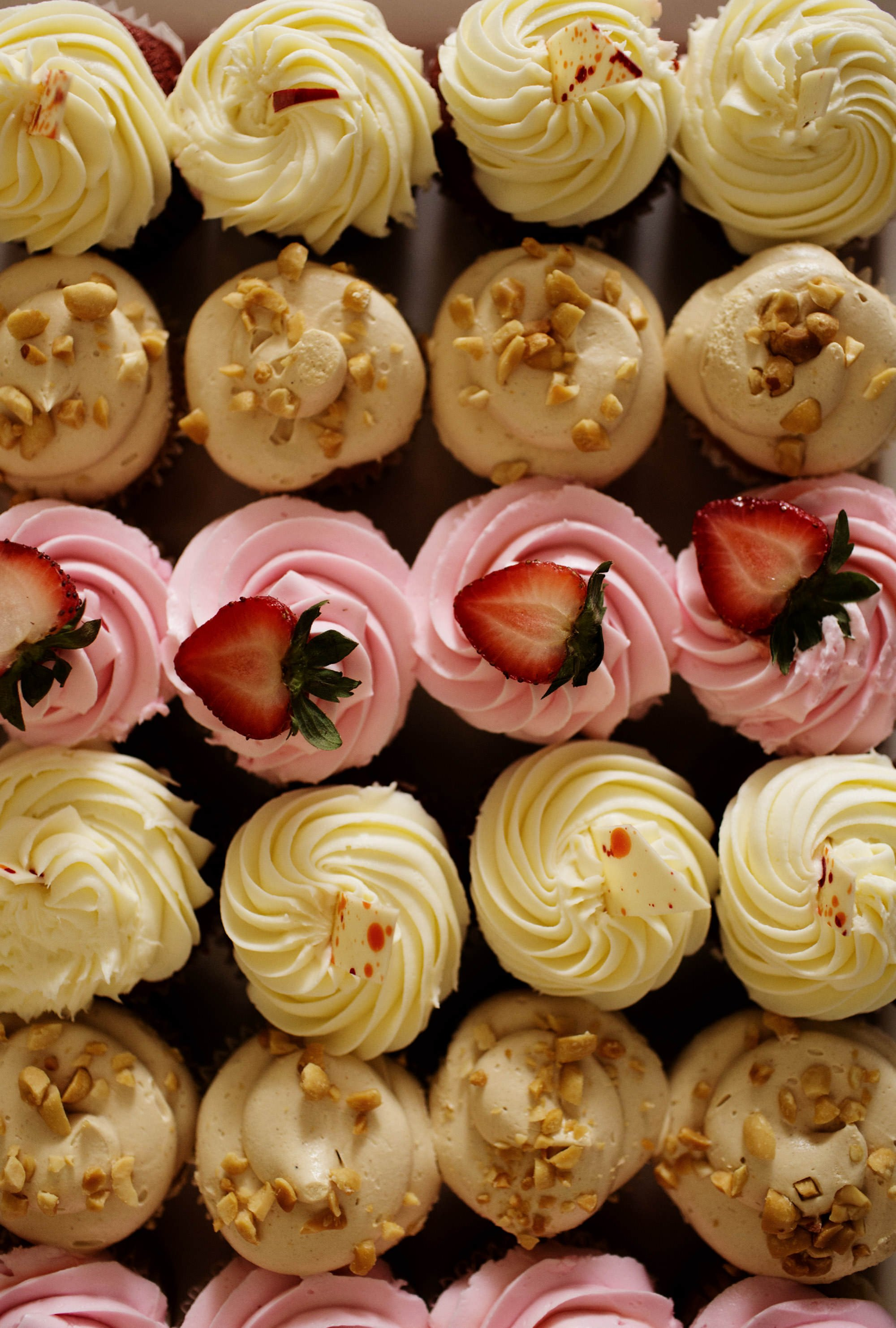 The cupcakes for guests during this Woodend Sanctuary and Mansion wedding.